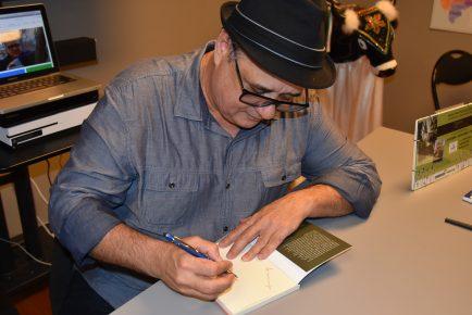 Jornalista Roberto Lima - Autógrafo - 1
